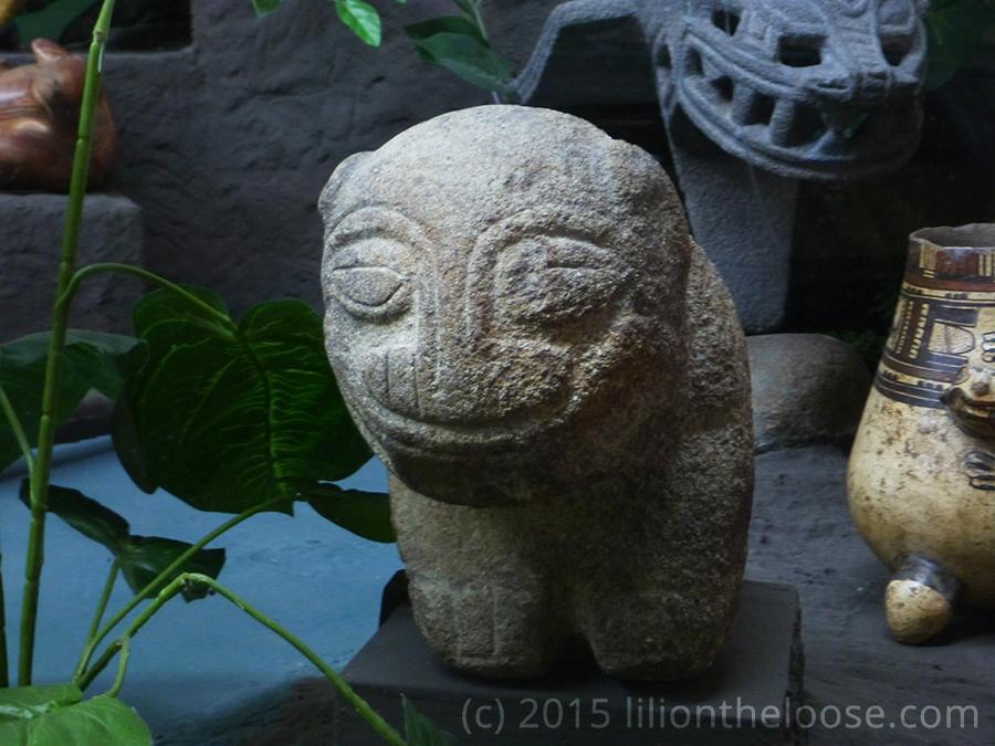 museum costa rica stone jaguar statue lili on the loose. Black Bedroom Furniture Sets. Home Design Ideas
