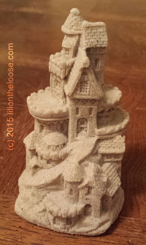Gifts Made Of Stone : Souvenir sand castles made from real lili on the loose